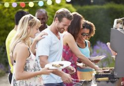 Holiday Weekend Coming Up? Plan for an Easy Impromptu BBQ #summerfun #party