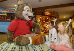 Spring has sprung with a but of Magic at Great Wolf Lodge for 2017