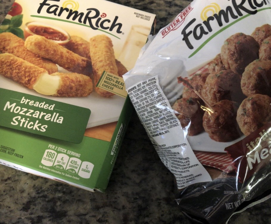 Make your Comfort Foods Easy for Family Game Day with Farm Rich Food Products!