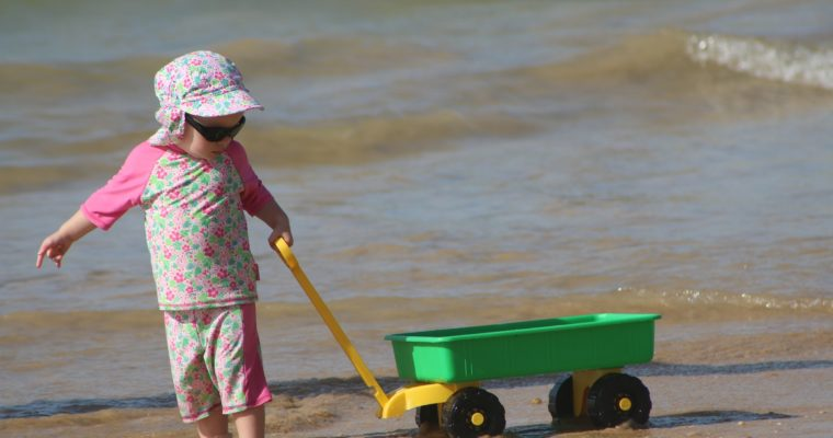 St. Jude Scientist Offers Simple and Effective Tips to Best Protect Children from Extreme Sun Exposure!