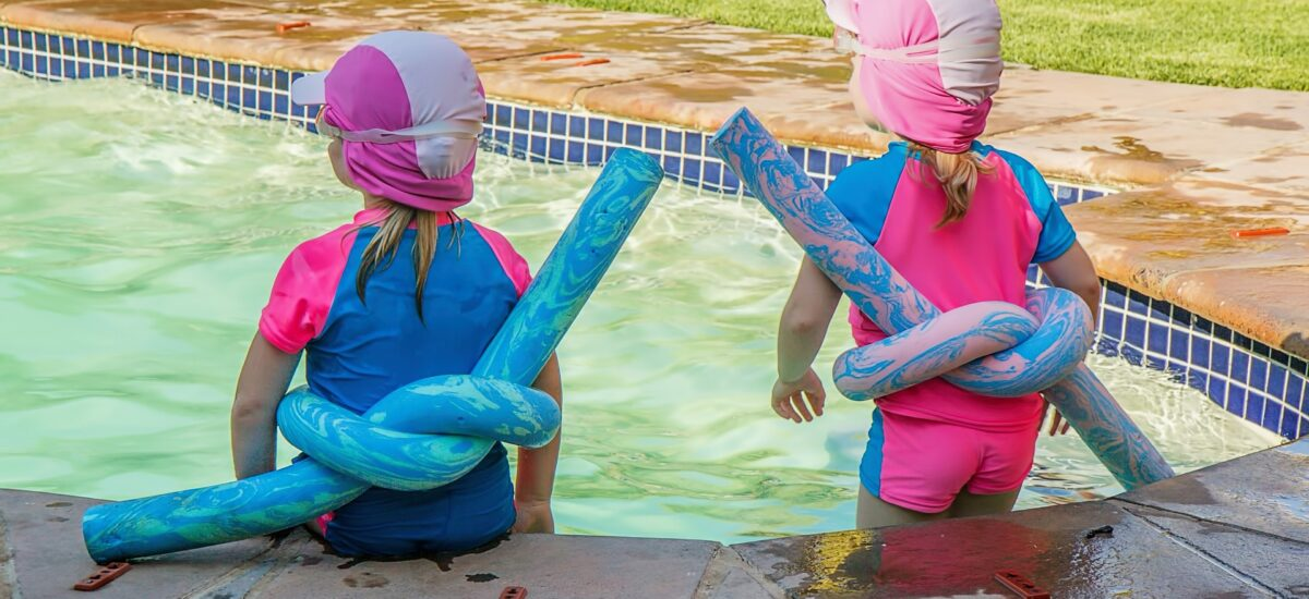 Smart Water Safety Tips for Families While Traveling this Summer!