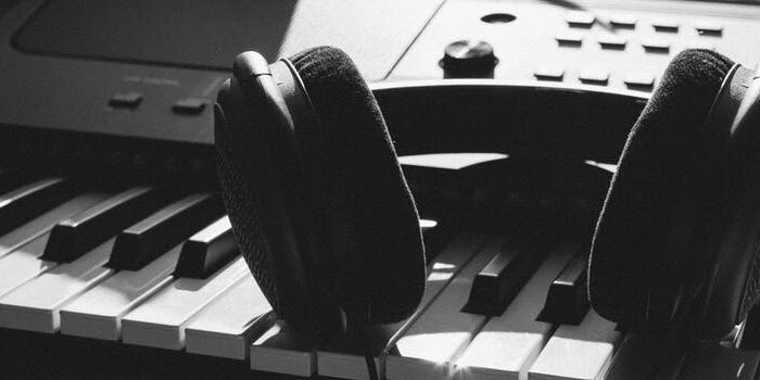 Music Is A Ladder To The Soul – 4 Ways We Can All Benefit!