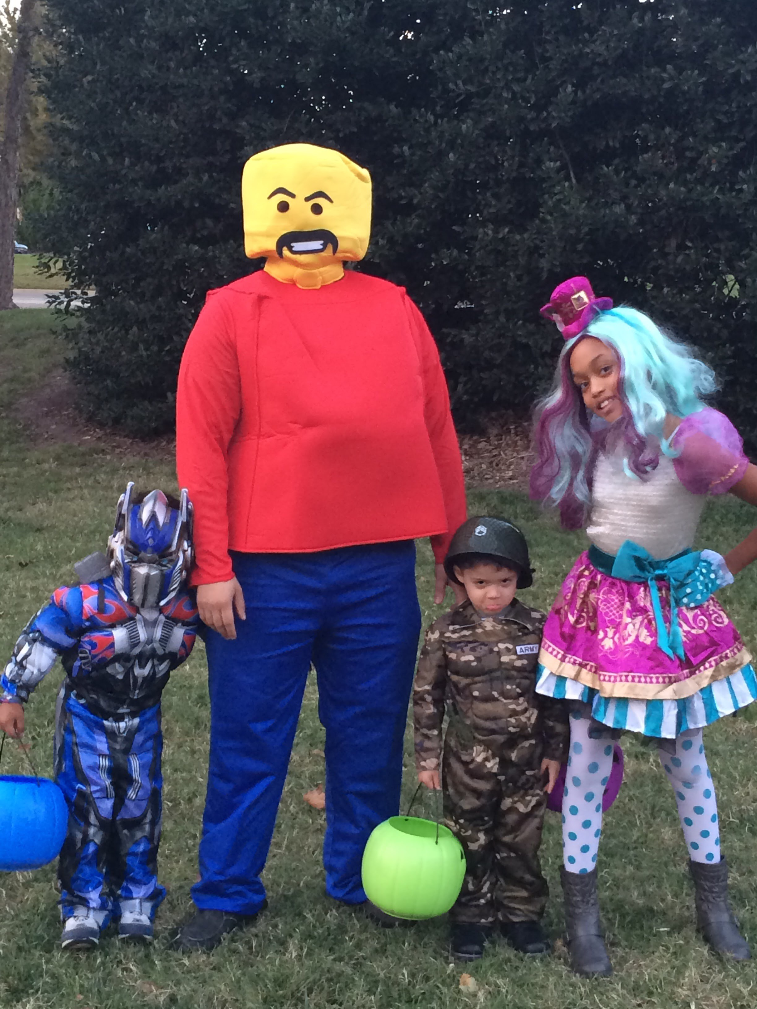 Easy Tips To Keep Your Halloween Family Traditions Alive Each Year!
