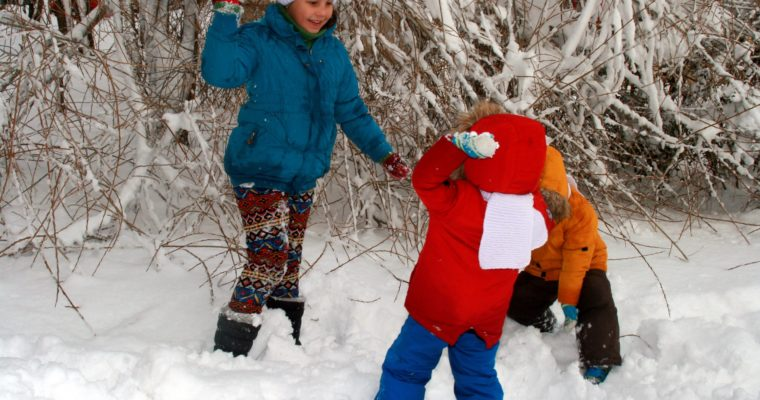 Tips for Getting Your Kids Outside in the Wintertime from Lucky the TurfMutt