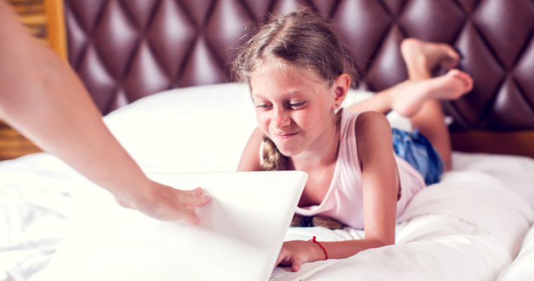 Preventing Digital Damage: 4 Tips For Managing Your Child's Screen Time