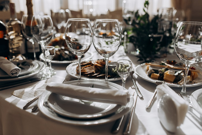 Top 6 Wedding Catering Styles To Make Your Wedding Memorable