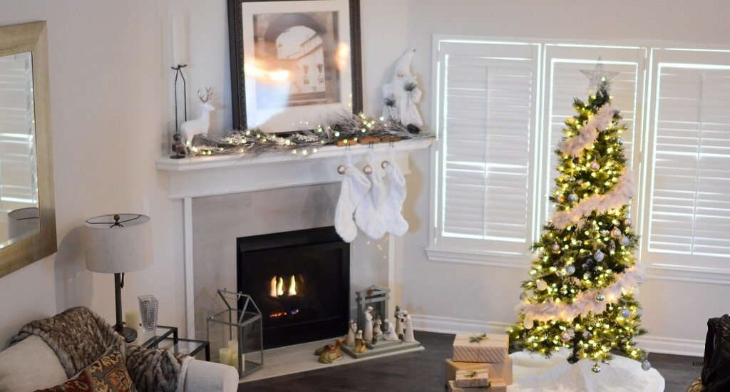 Listing Some Lighting Solutions For The Holiday Season!