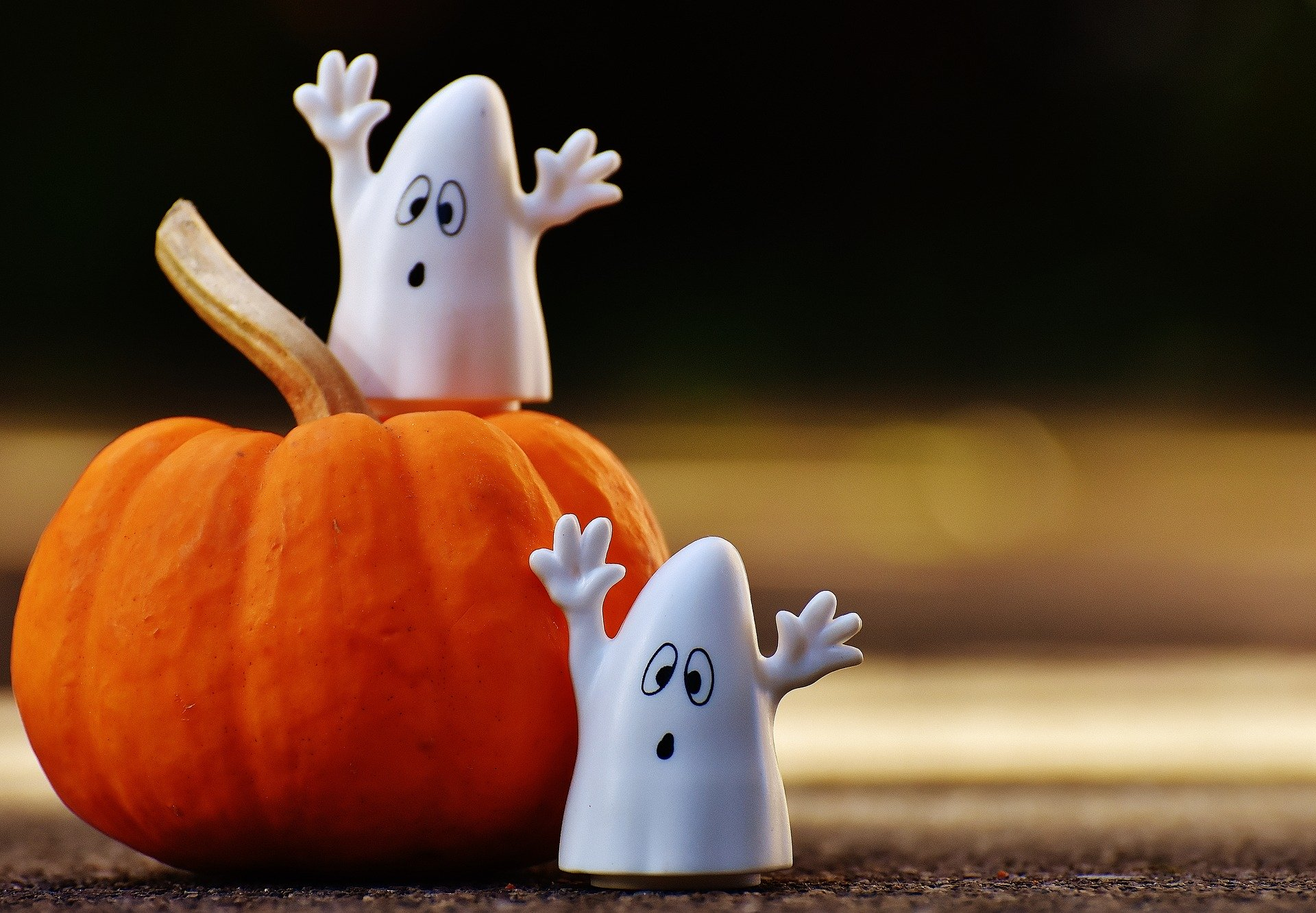 Affordable Halloween Decoration Ideas for 2020