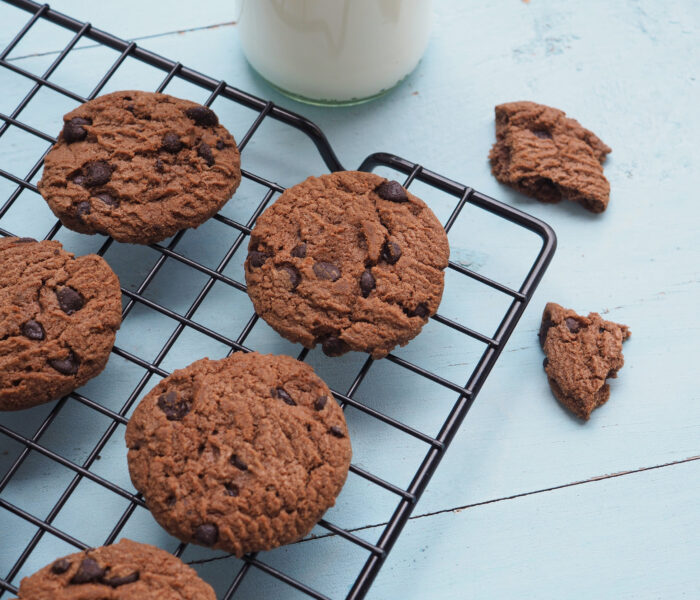 7 National Chocolate Chip Cookie Day Deals